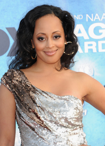 Essence Atkins - Photo Colection