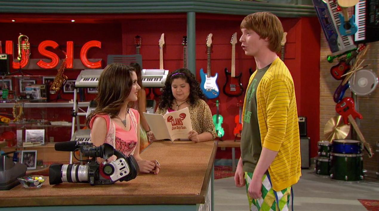 Austin and ally dez and trish dating
