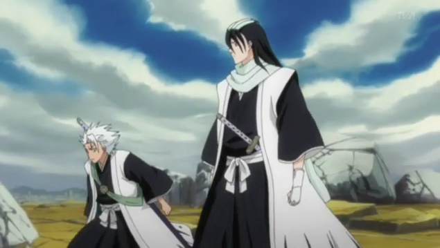 Hitsugaya and Byakuya arrive as Amagai is defeated.