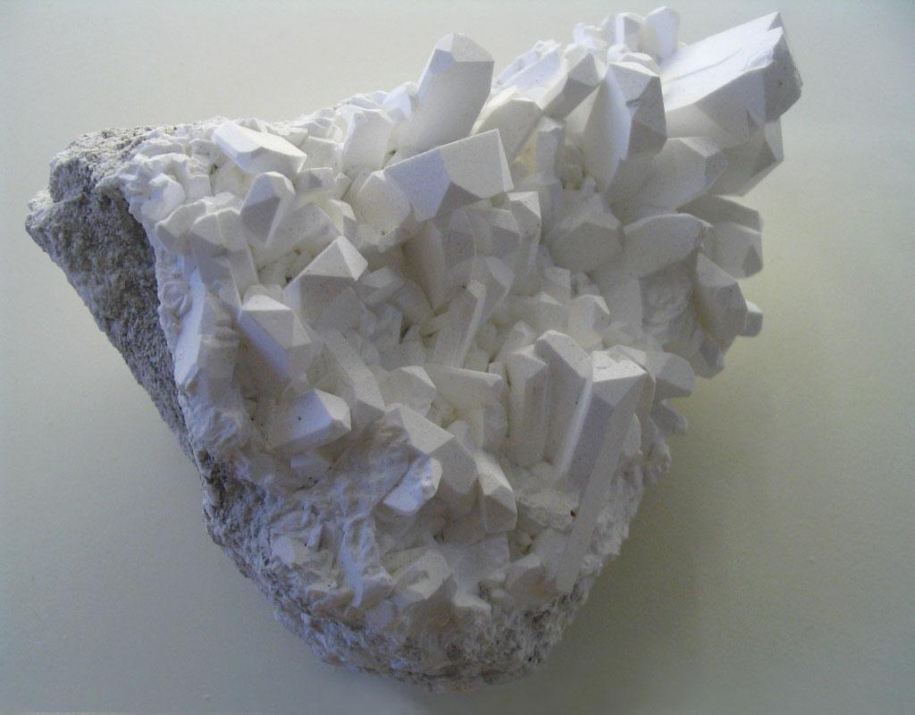 BORAX, UN COMPUESTO DEL BORO Borax_crystals