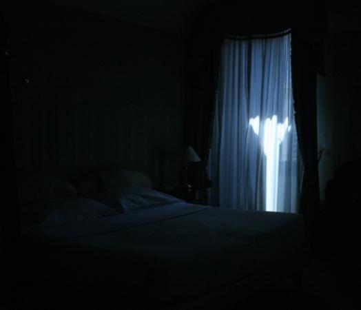 Тёмная комната фото