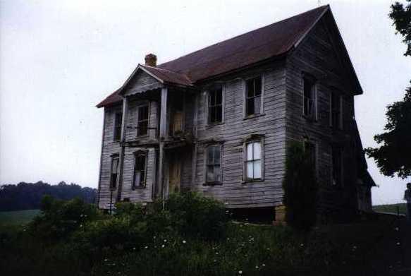 Opuszczony dom na przedmieściach Abandoned_house