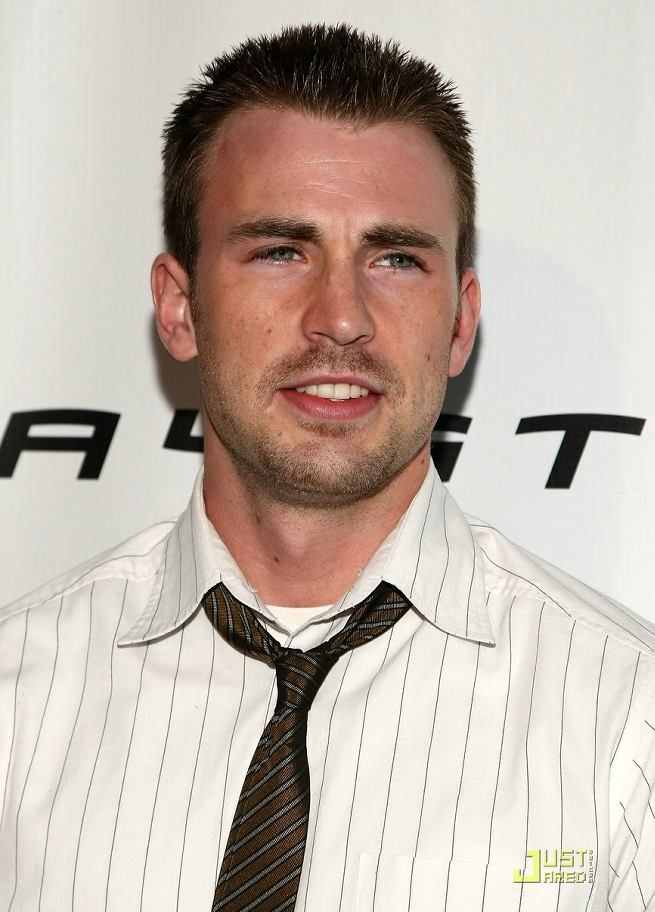 Chris Evans - Photo Set
