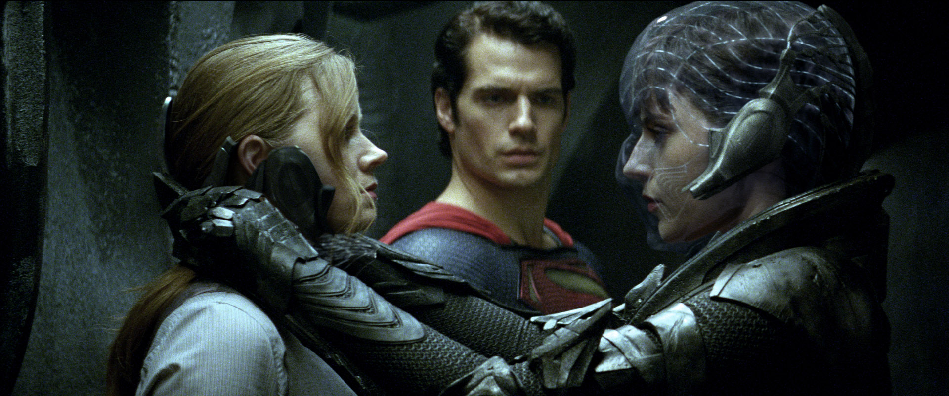 http://images.wikia.com/dcmovies/images/d/dc/Lois,_Superman_and_Faora.jpg