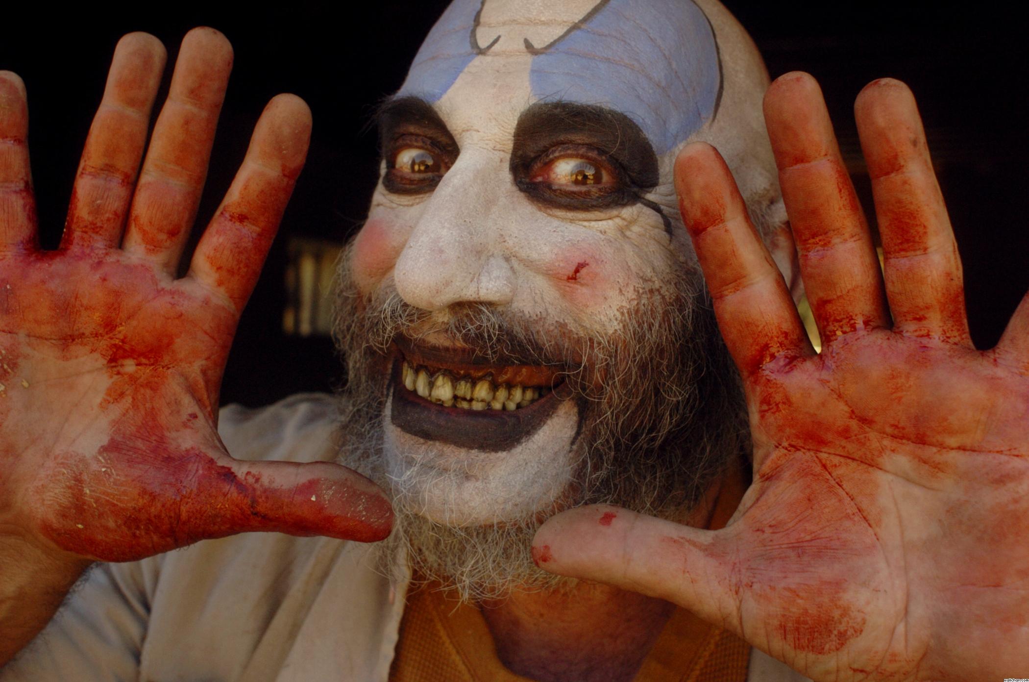 http://images.wikia.com/deadliestfiction/images/6/6d/Captain_Spaulding.jpg