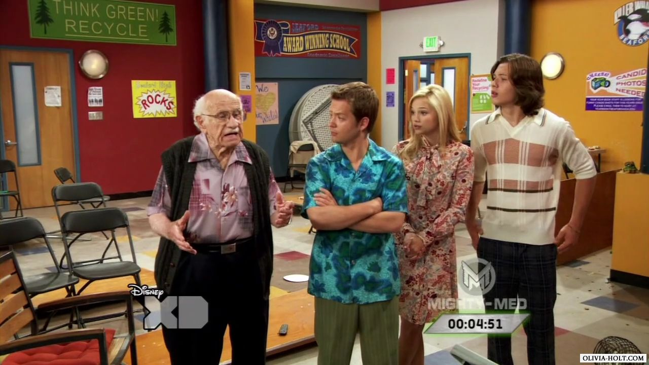 http://images.wikia.com/disneyskickinit/images/3/35/Kickin_It_S03E14_Seaford_We_Have_A_Problem_720p_tv_mkv_001180012.jpg