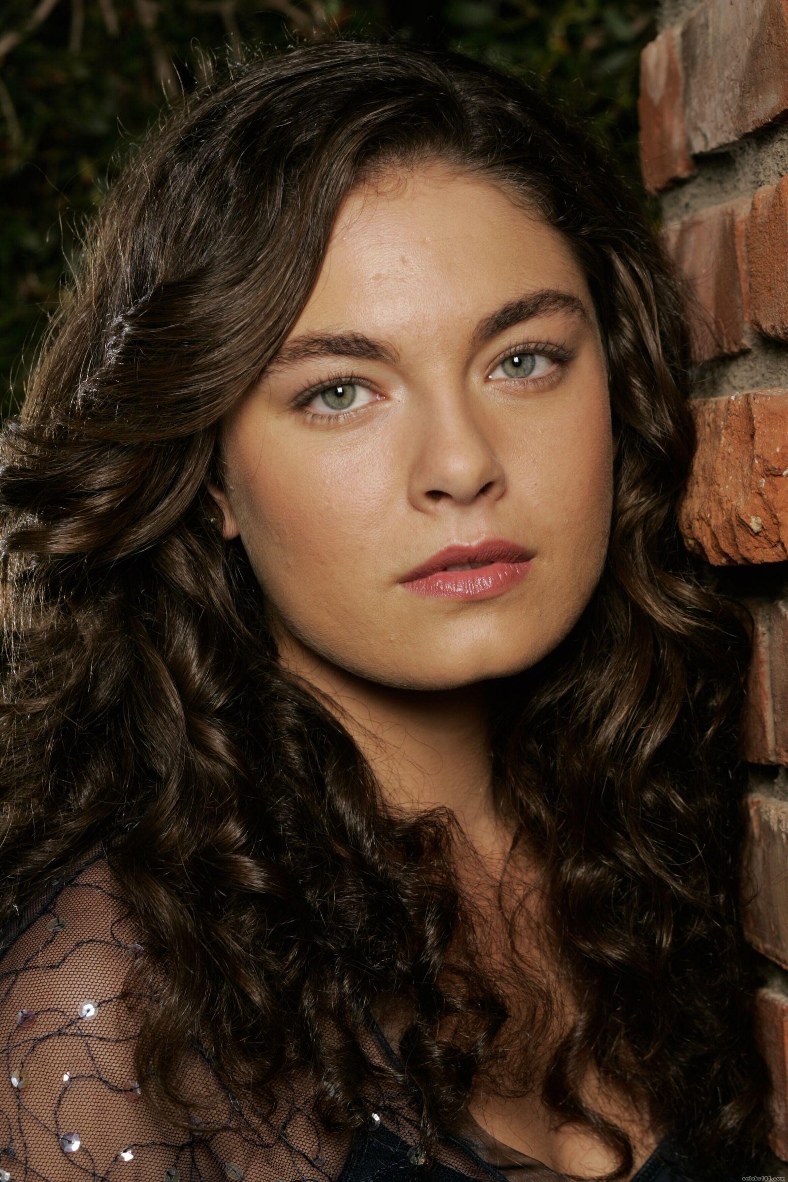Alexa Davalos actress