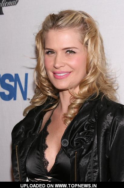 Kristy Swanson - Gallery Photo Colection