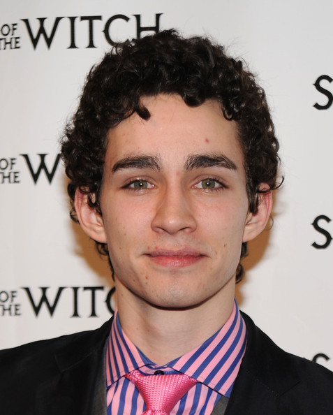 Robert Sheehan - Photo Set