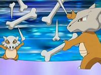 Quiero entrenar ami pokemon MATANDOLOS EP518_Cubone_y_Marowak