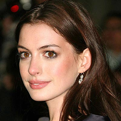 Anne Hathaway (born November