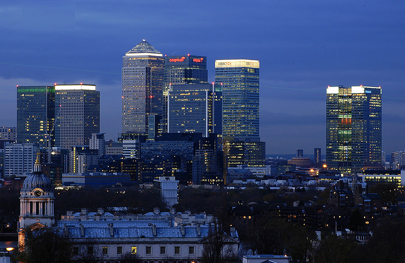 http://images.wikia.com/genealogy/images/1/17/Canary-wharf-one.jpg