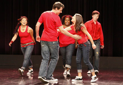 Straw •~BERRY~• relations Pilot_Glee