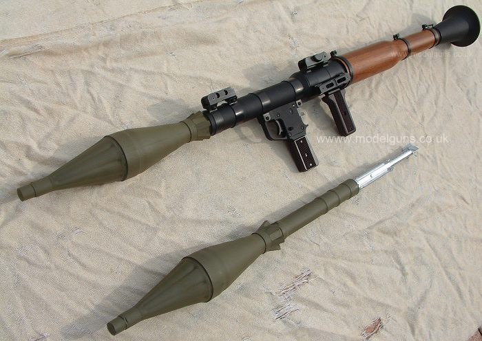 http://images.wikia.com/guns/images/a/aa/Rpg_7.jpg