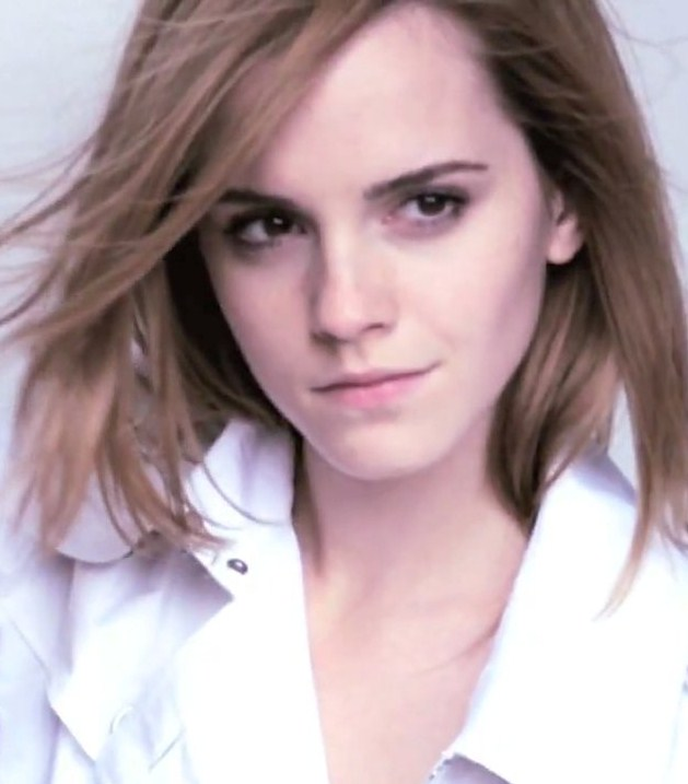 emma watson burberry wallpaper. emma watson black and white