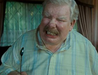 http://images.wikia.com/harrypotter/images/5/52/Vernon_Dursley_OOTP.jpg