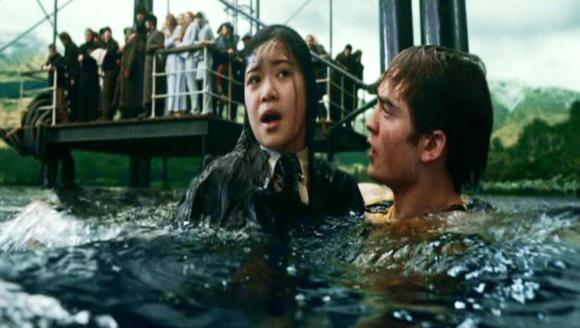 http://images.wikia.com/harrypotter/images/a/aa/Cedric_Diggory_saving_Cho_Chang_at_Hogwarts_Lake_for_the_2nd_Task_of_the_1994_Triwizard_Tournament.JPG