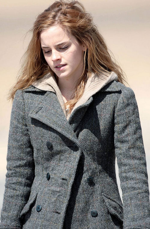 Hermione Granger (Deathly Hallows).jpg · Emma Watson as Hermi.