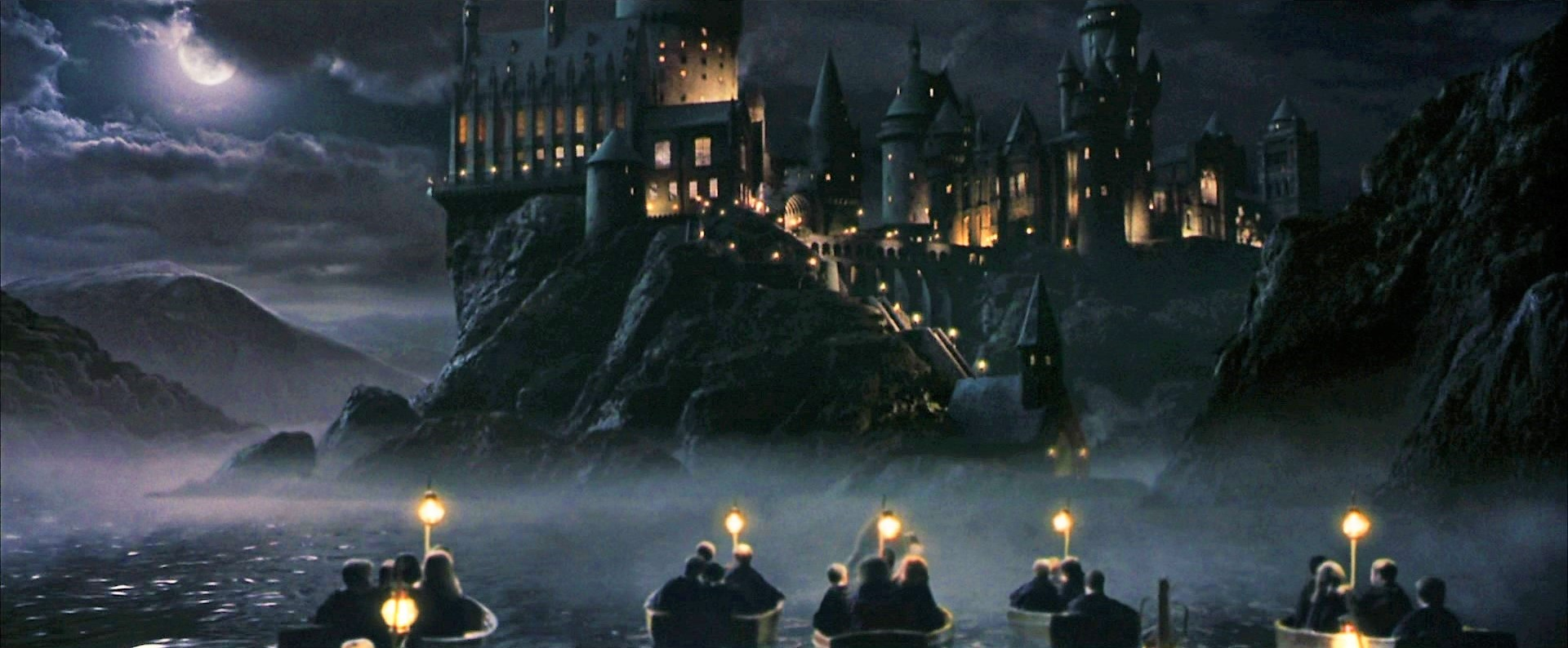 Lantern of your heart: Hogwarts dari Harry Potter 1-7