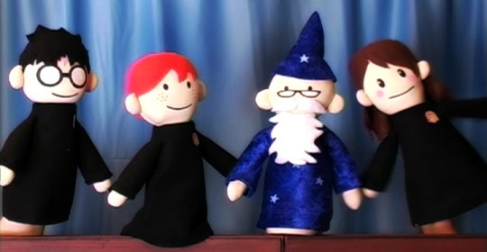 http://images.wikia.com/harrypotter/images/e/ef/Potter_Puppet_Pals.jpg