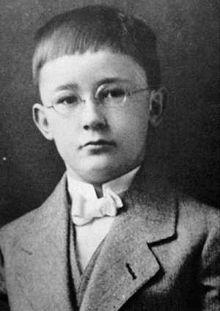 Heinrich Himmler - Hitler Parody Wiki