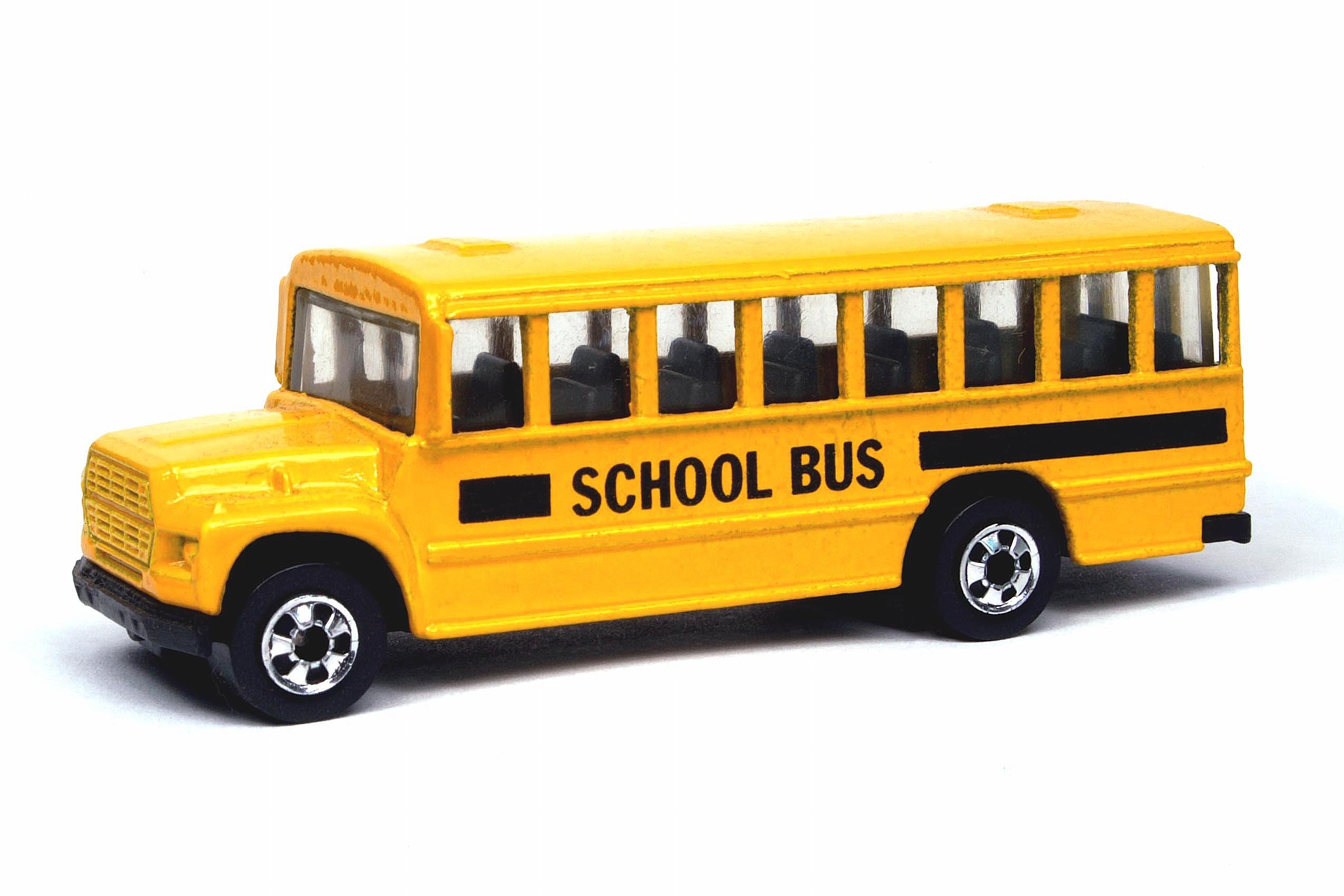 http://images.wikia.com/hotwheels/images/archive/7/77/20091020084900!School_Bus_-_3030cf2.jpg
