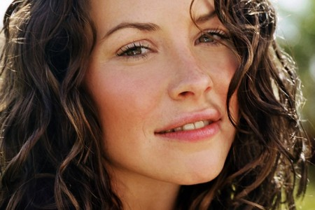 Evangeline-lilly-lost-1-med.jpg. Hi! I've been a Lost fan since the ...
