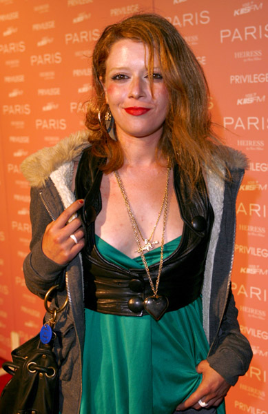 Natasha Lyonne - Wallpaper Actress