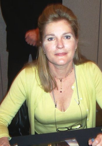 Kate Mulgrew - Photo Colection