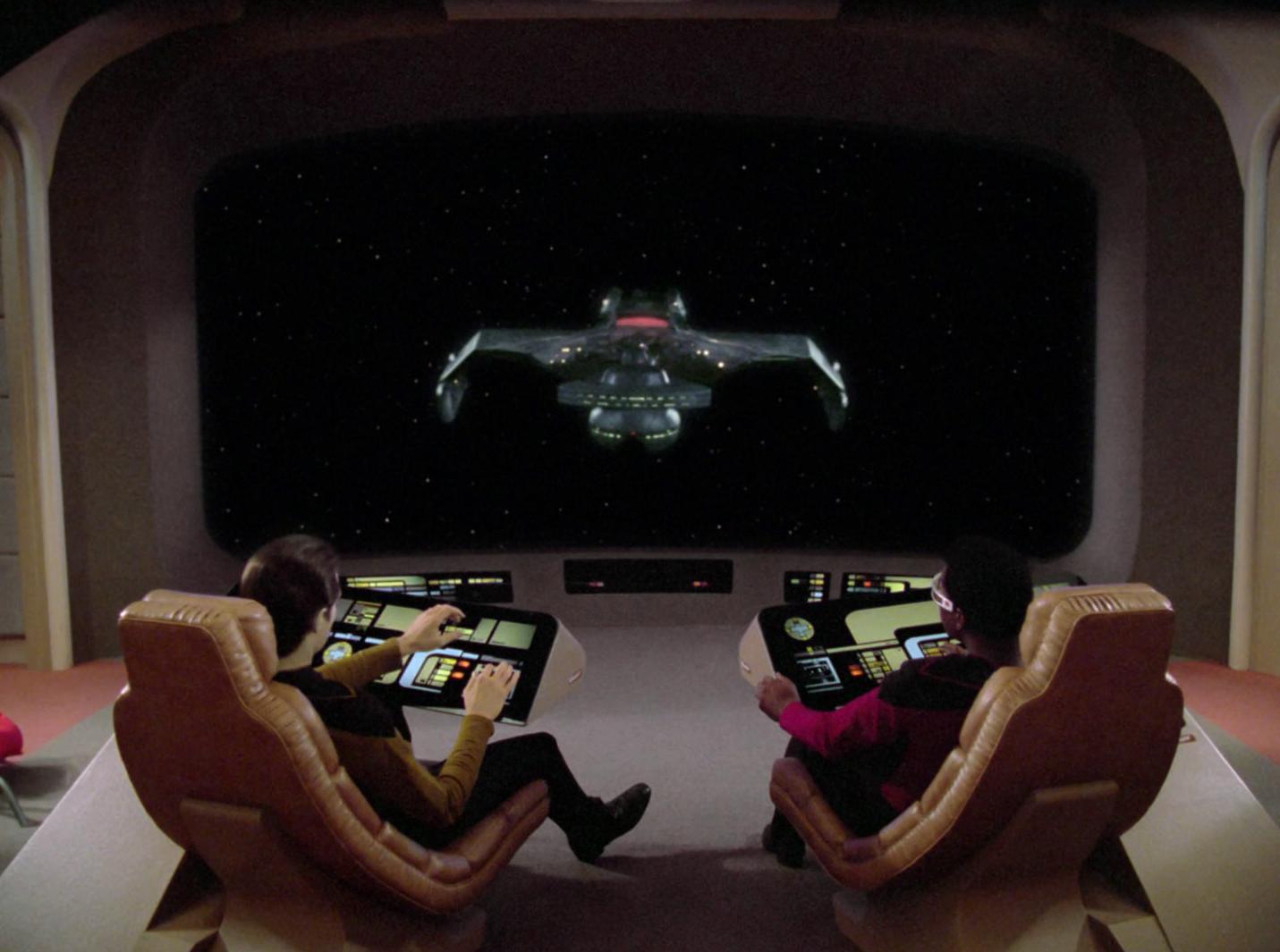 K%27Neras Schlachtkreuzer auf dem Bildschirm der USS Enterprise D Forum