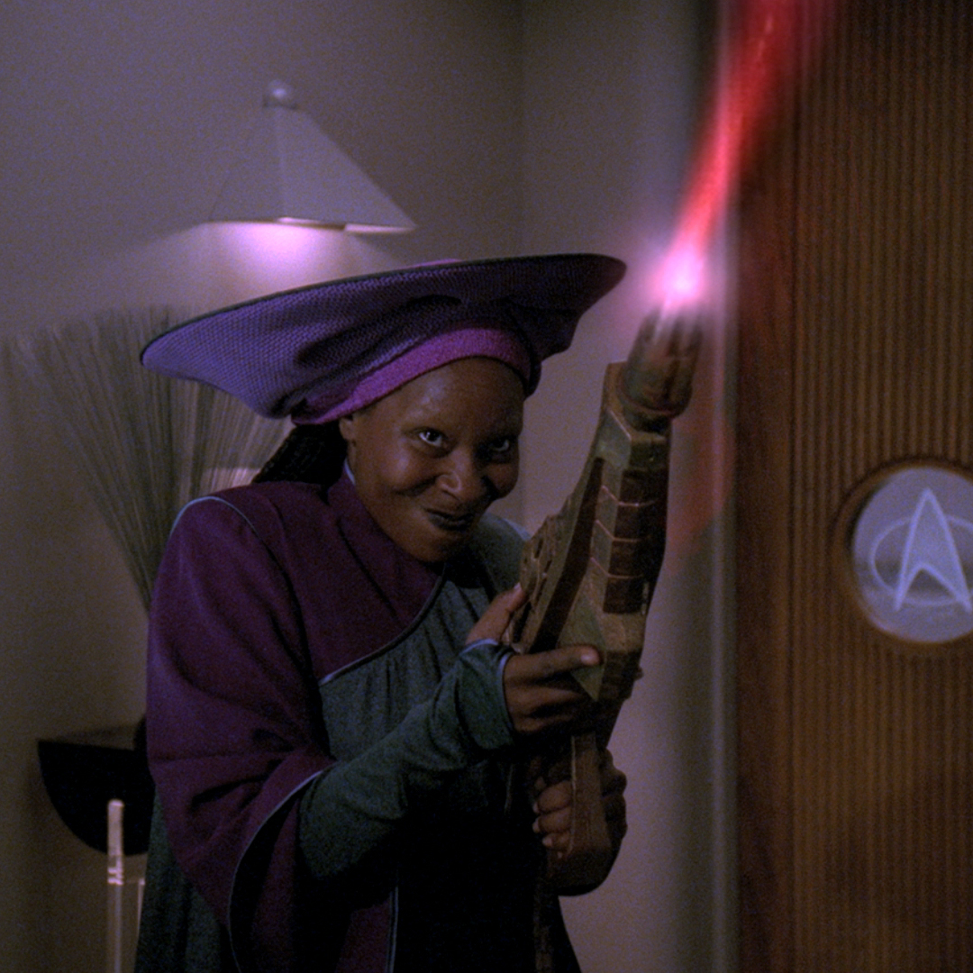 Guinan_(2367).jpg
