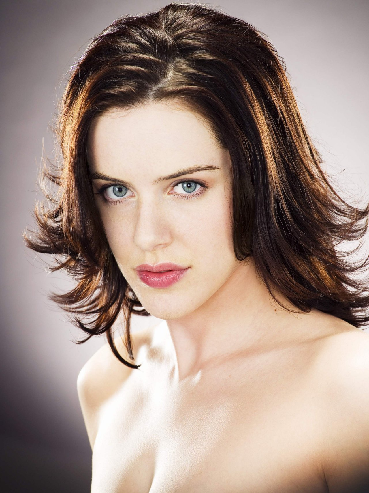 Michelle Ryan - Photo Colection
