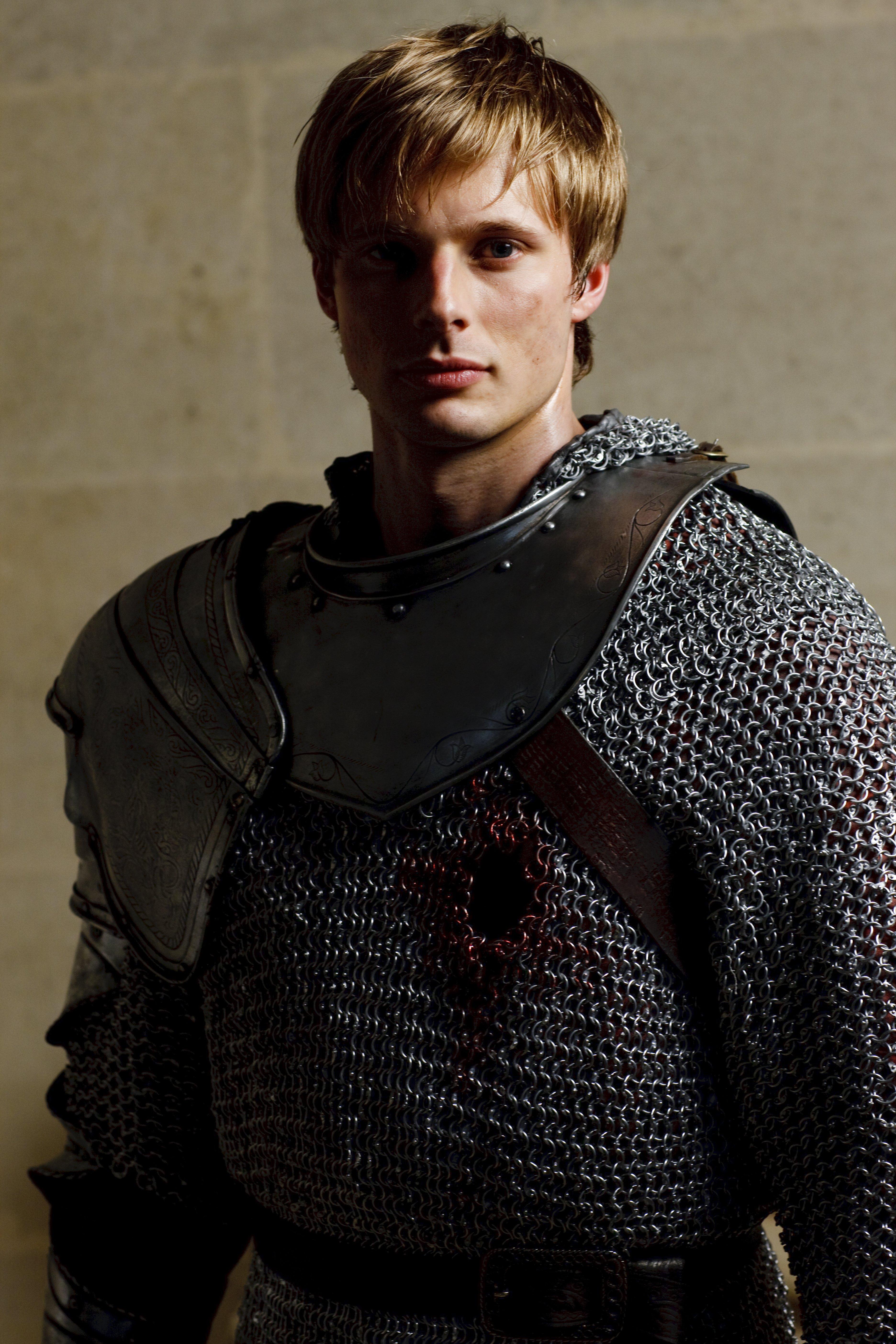 Merlin_5 season - Bradley James Photo (33435512) - Fanpop