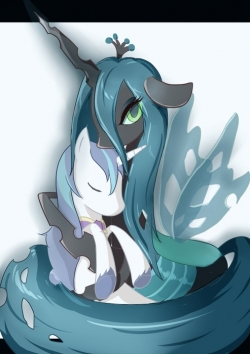 File Chrysalis hugging Shining Armor jpgQueen Chrysalis And Shining Armor