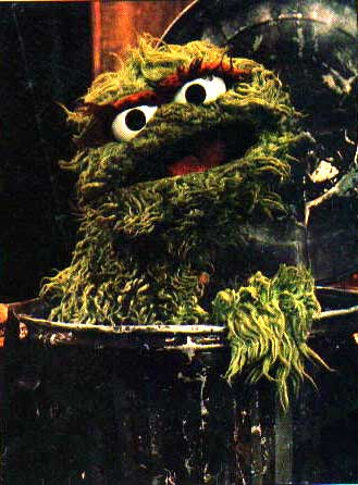 http://images.wikia.com/muppet/images/6/6c/Oscar-can.jpg