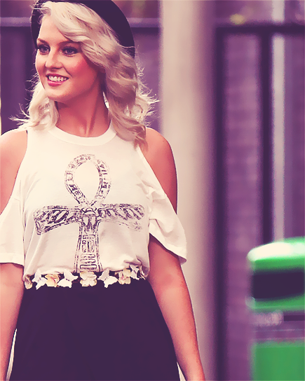 Perrie Edwards 2013