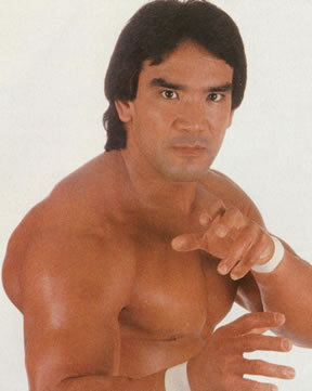 http://images.wikia.com/prowrestling/images/6/6c/RickySteamboat008.jpg