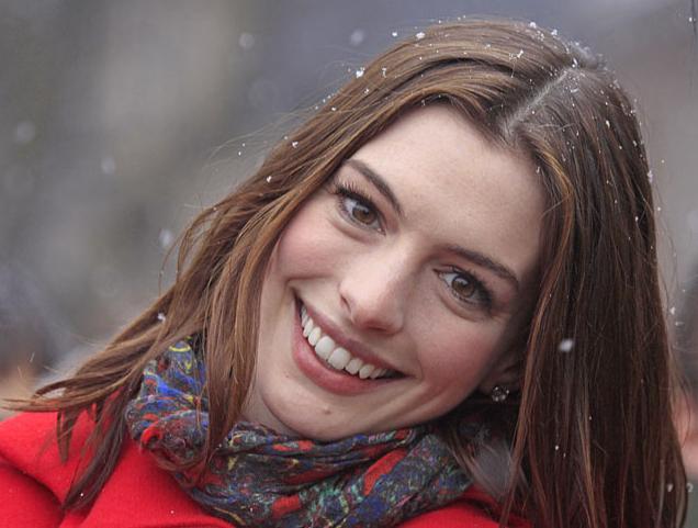 Anne Hathaway Wikipedia. Anne Hathaway - Rio Wiki