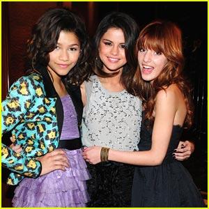 Shake Selena Gomez on Image   Selena Gomez Shake Up Nyc Jpg   Shake It Up Wiki