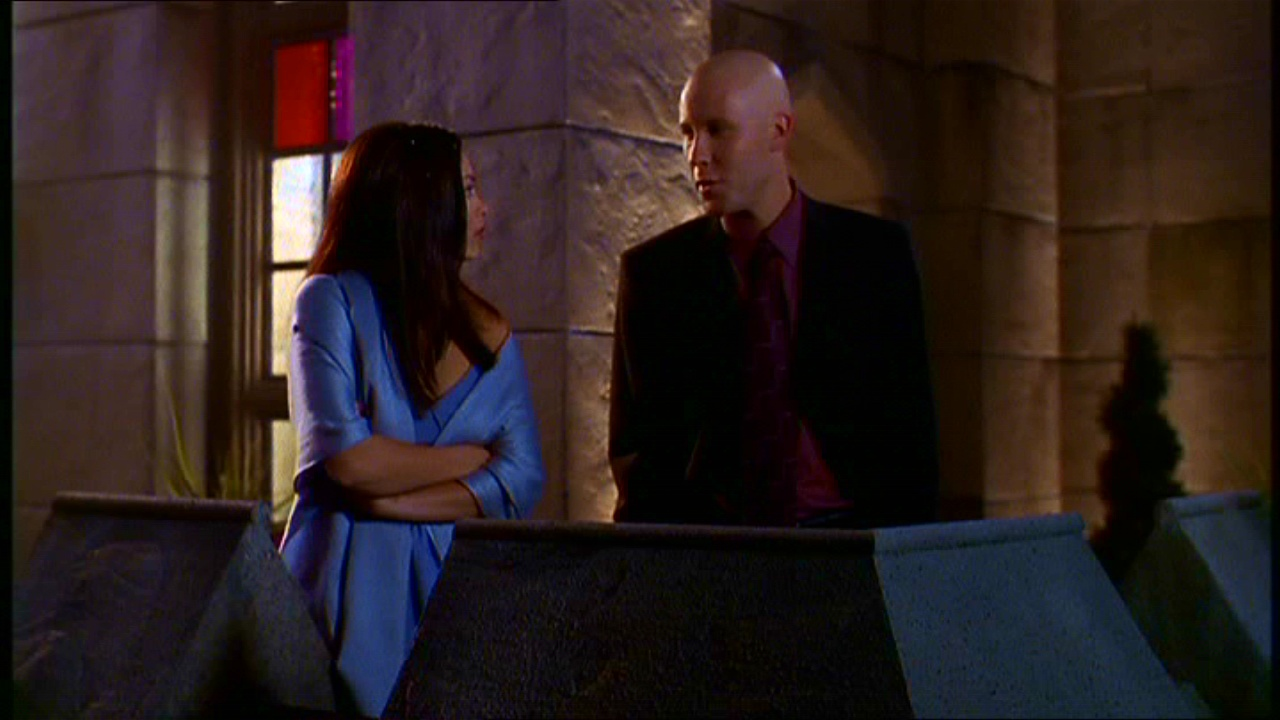Lex let Lana use the Luthor