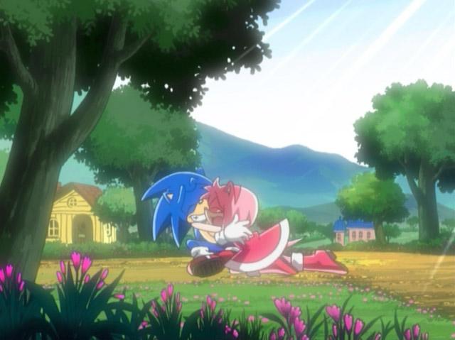 Amy_hugs_Sonic.jpg