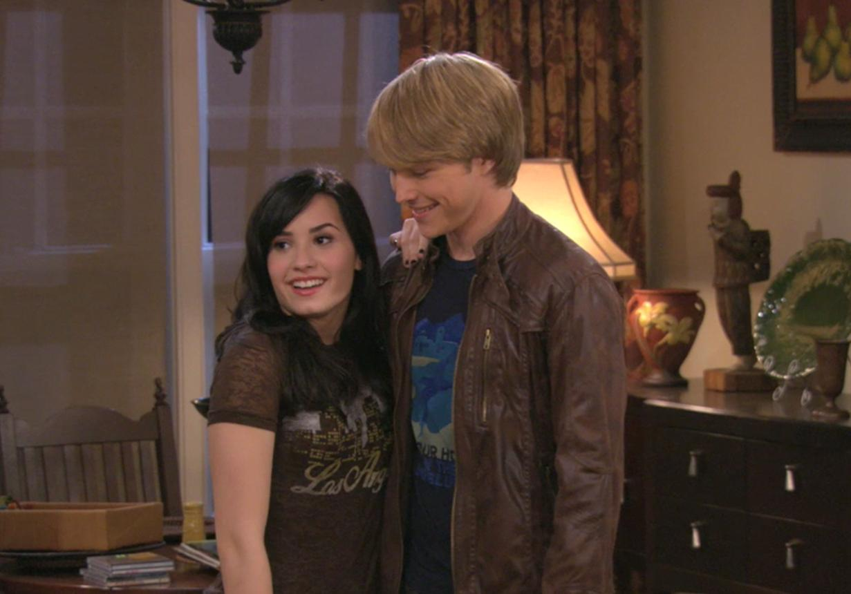 sonny with a chance of dating
