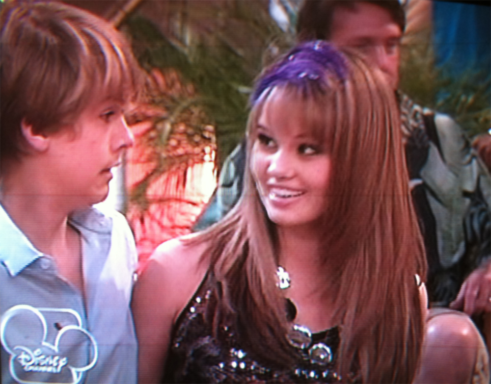 Zack and Cody Suite Life On Deck