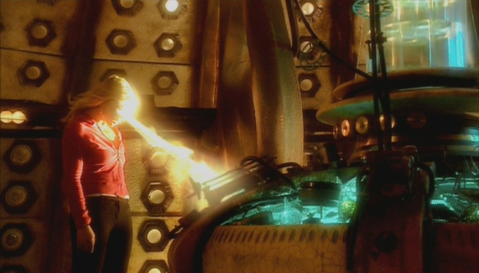 Rose_heart_tardis.jpg