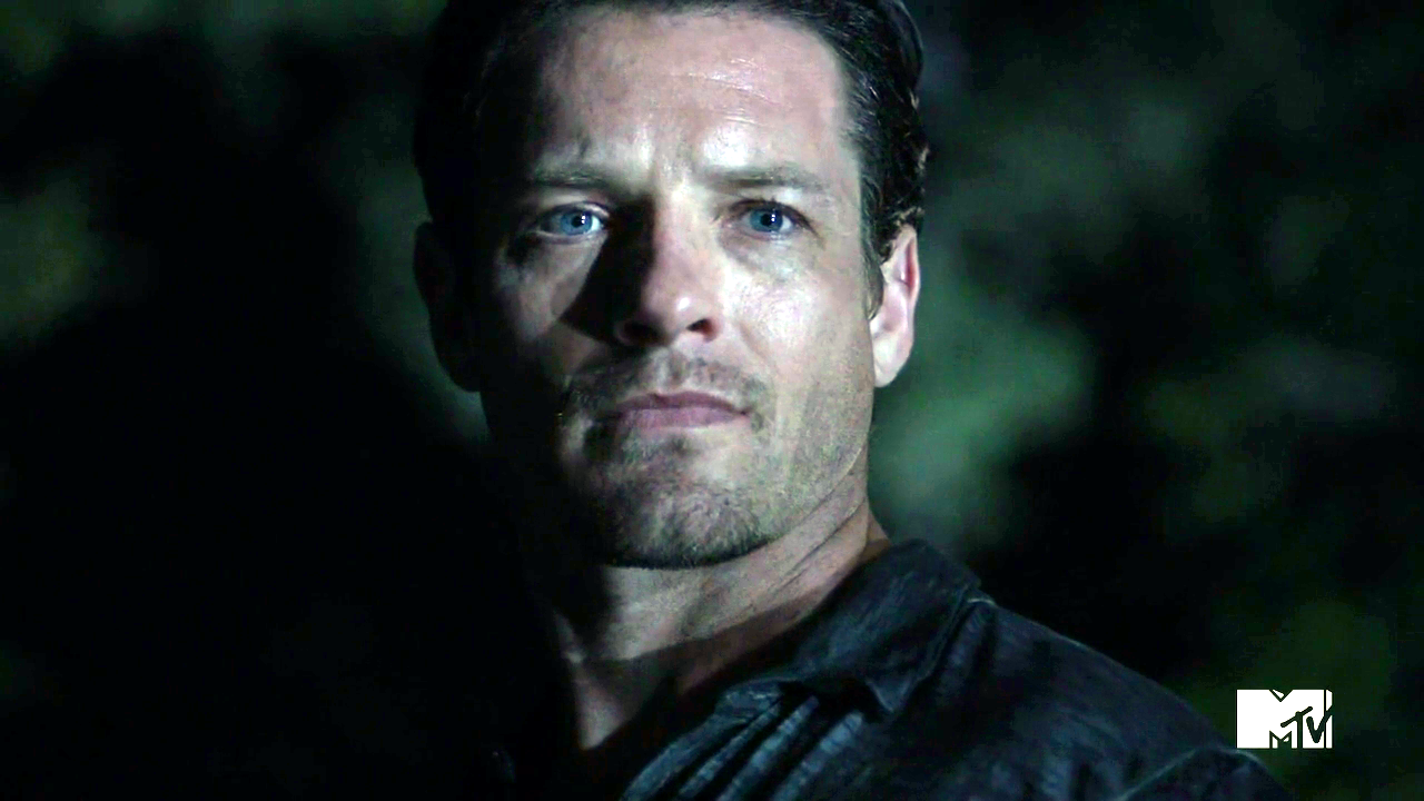 Peter Hale Alpha Werewolf Sven | Supernatural: T...