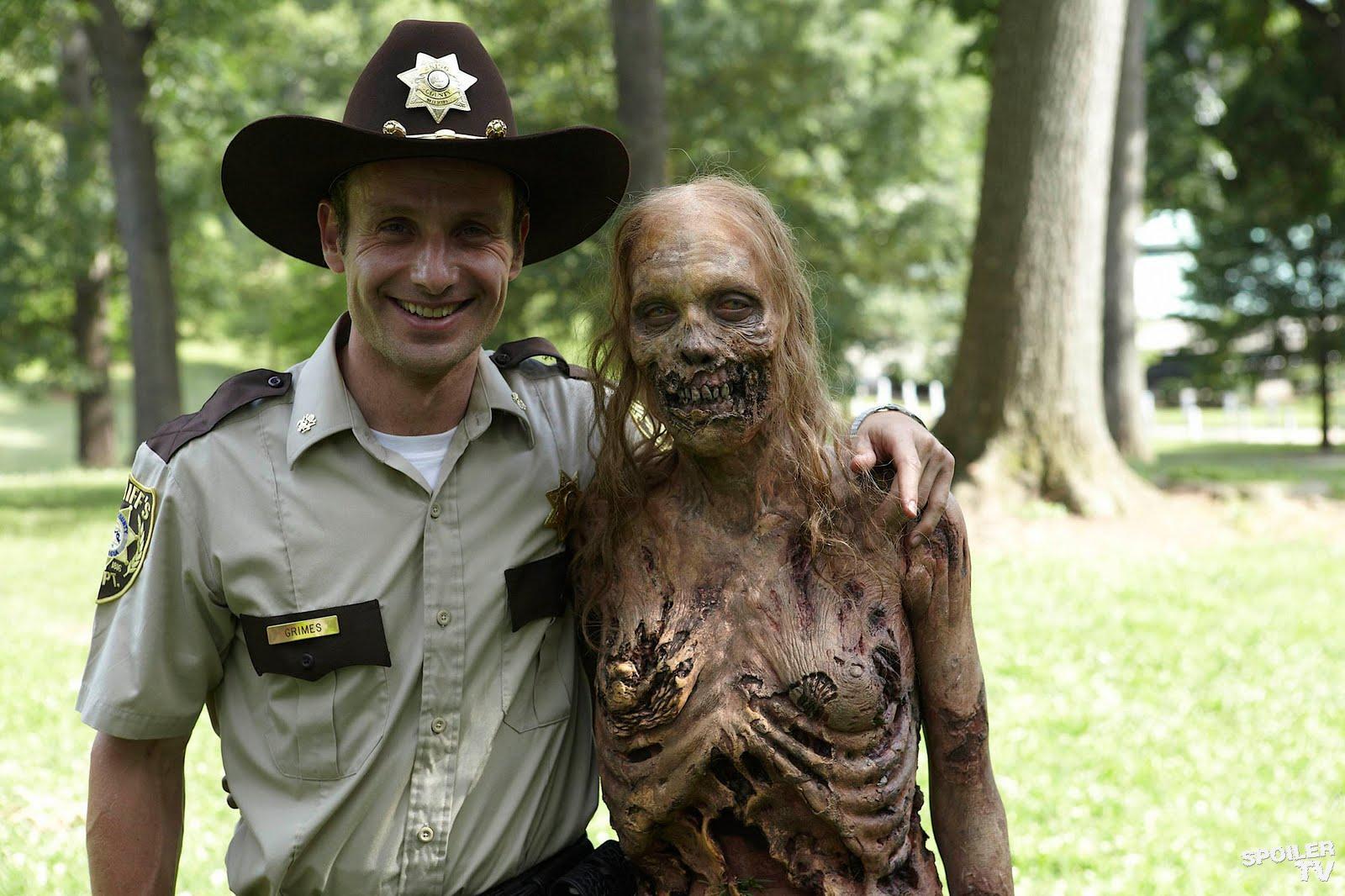 Archivo:The Walking Dead Wiki Politicas del sitio.jpg