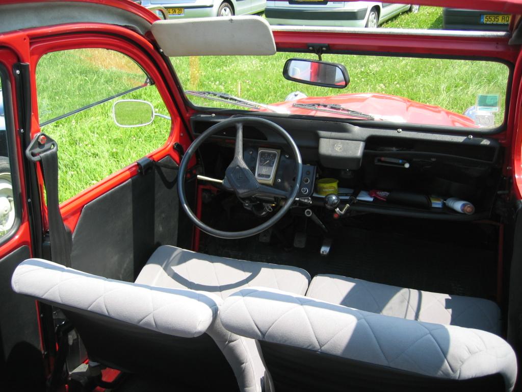 2cv and 2cv-based kit car at
