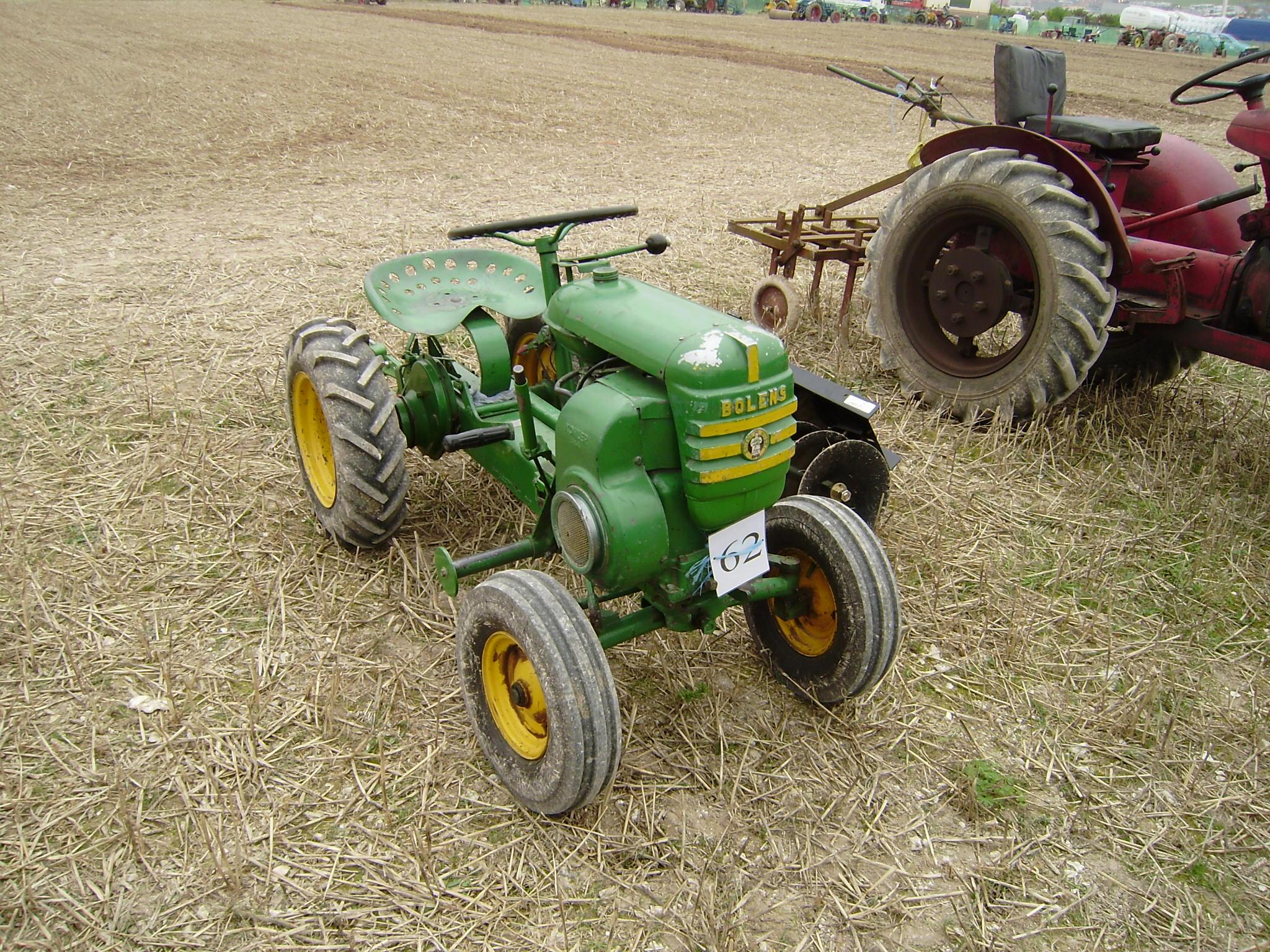Garden Tractors - Tractor