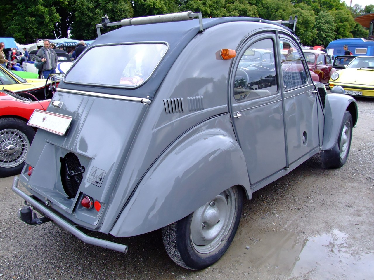 Citroën 2CV - Tractor & Construction Plant Wiki - The classic vehicle and