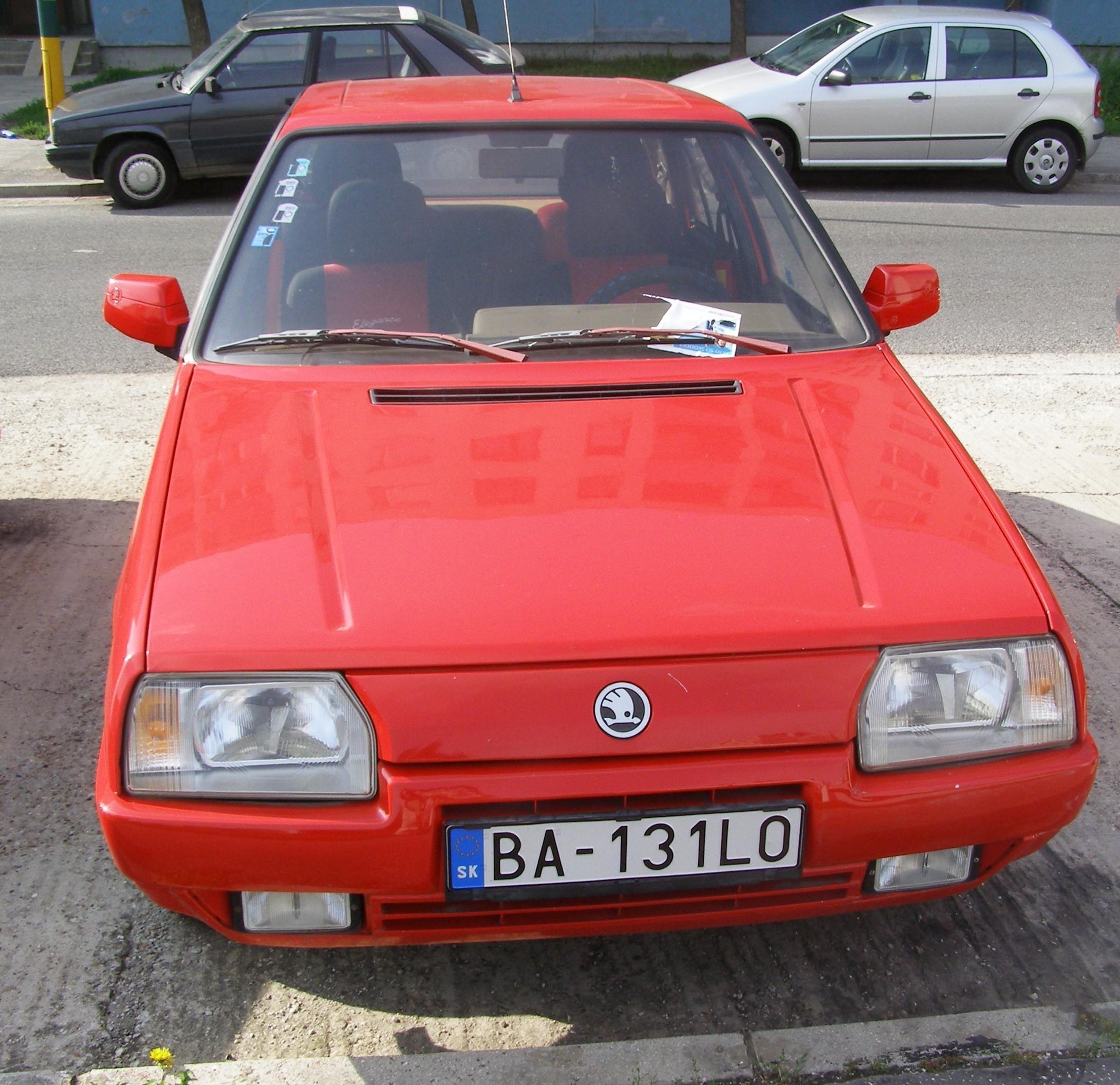 Front of Škoda Favorit 135 LS